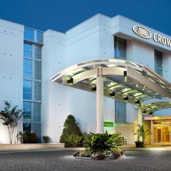 Crowne Plaza Charleston, an IHG hotel